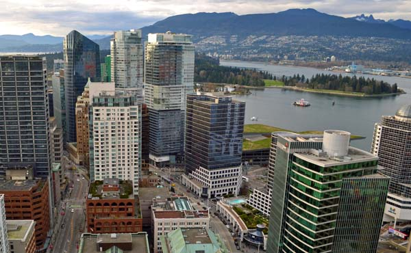 View of Downtown Vancouver from above | Americans moving to Canada