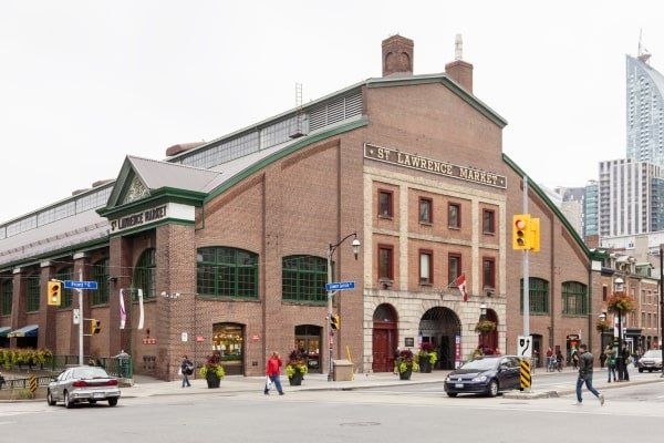 supermarkets in Toronto: St Lawrence Market