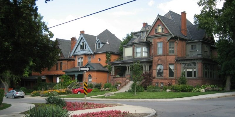 Hamilton neighbourhoods: Aberdeen Avenue